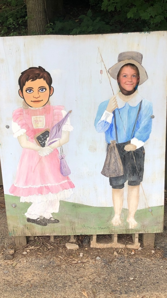 Flat Mrs. Rucker with Tyler at the Mark Twain. Cave